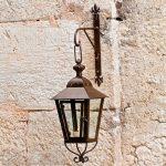 Mirabeau Mauron lámpás