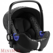 Britax Römer Baby-Safe2 i-Size 40-83cm Mystic Black hordozó i-Size